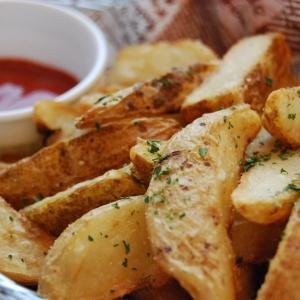 Maak makkelijk en simpel aardappelschijfjes!
